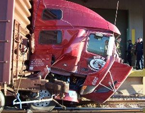 image: Volvo freight HGV road haulage operator trucks Michelin tires