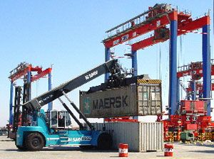 image: UK fork truck Cooper materials handling container