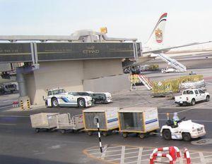 image: UK cargo handling air freight tonnes