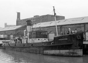 image: UK SS Freshspring Devon export import cargo freight steamship tanker