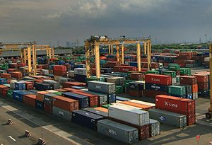 image: Indonesia DP World container terminal contract TEU logistics