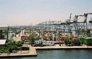 image: South Korea container shipping TEU freight berth terminal facility