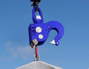 image: UK Spain general cargo freight handling crane arm elebia