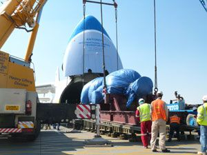 image: UK heavy lift project freight Russia Ukraine tonnes Ruslan Antonov An-124 shipment