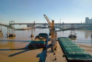 image: UK, freight, logistics, news, ship, chartering, ports, HGV, drivers, shortage, warehouse, salvage,