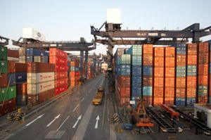 image: Hong Kong Asia Pacific German freight forwarding and logistics ocean freight seafreight