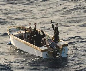 image: Somalia pirate freighter warship attack Somme
