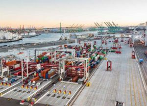 image: Oakland US California container terminal box operator TraPac port logistics