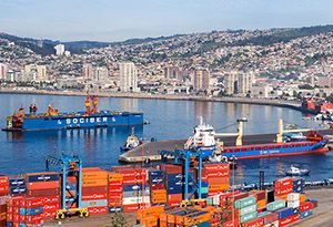 image: UK Chile world freight logistics news strike Port of Valparaiso