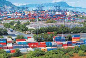 image: India Qatar container freight feeder service Milaha Maritime & Logistics Jawaharlal Nehru Port logistics
