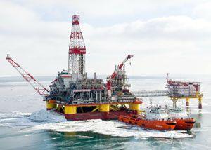 image: Liebherr Germany Russia Caspian Sea luffing ram crane