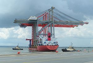 image: China US quayside cranes container cargo port everglades seaport ZPMC
