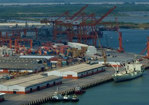 image: Ecuador greenfield site DP World Guayaquil container terminal general cargo logistics jobs