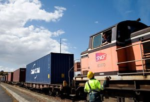 image: UK Europe SNCF rail freight group ERFA CakeBoxx Network cargo road haulage