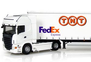 image: FedEx TNT China express freight parcel merger regulatory approval