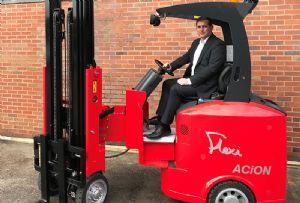 image: UK, freight, logistics, supply chain, staff,