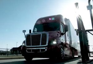 image: US driverless autonomous road haulage freight truck trailer Nevada Freightliner Daimler logistics