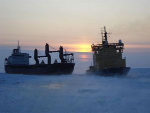 image: Baltic EU collaboration ocean freight shipping lanes icebreaker