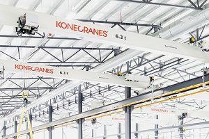 image: cranes freight logistics