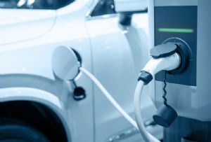 image: UK, electric, vehicles, charging, battery, technology, internal, combustion,