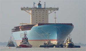 image: AP Moller Maersk diversity tanker dry bulk shipping logistics carrier ships vessels