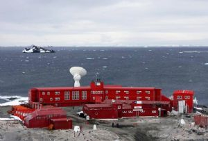 image: Australia, Antarctica, Covid, Chilean, crew, MUA, ships, Everest, General Bernardo O�Higgins Riquelme research base,