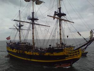 image: pirates, arctic, sea, crew, coastguard, vessel, channel, air, patrol, passage, Bejaia, Russia, Gotland, Brest