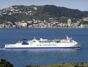 image: Australia New Zealand RoRo ferry shipping freight passenger propeller Aratere