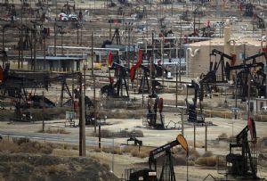 image: US Saudi Arabia Russia crude oil production BIMCO Tanker charter rates OPEC+ cartel