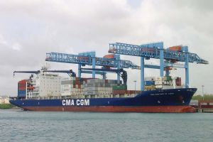 image: CMA CGM France TEU reefer shipping container freight