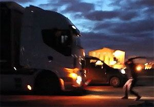 image: UK France Calais migrant violence road haulage freight drivers immigration minister Brokenshire FTA RHA logistics stakeholders