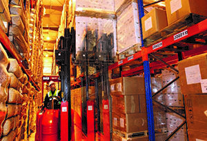 image: UK KP Nuts fork lift warehouse materials handling storage narrow aisle Flexi