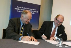 image: UK cargo handling bulk terminal MoU ICHCA International maritime safety