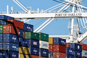 image: US West coast container cargo freight handling Port of Oakland labour dispute