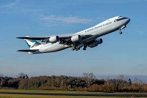 image: Boeing US freighter aircraft engine GEnx-2B Cathay Pacific Cargo