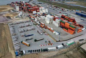 image: UK, road, haulage, Swain, DP World, London, Gateway, deep, water, port, logistics,