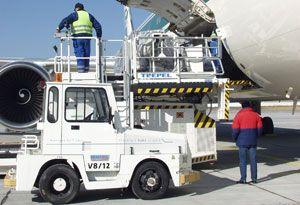 image: Colombia Ecuador air freight forwarding perishable export cargo tonnes