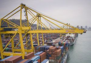 image: Chile container port crane Bolivia freight Peru container