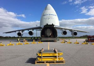 image: US AN-124 heavy lift Volga Dnepr Cape Canaveral GOES-R United Launch Alliance (ULA) rocket booster