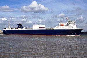 image: UK P&O freight ferry Thames River Zeebrugge Tilbury deep water port
