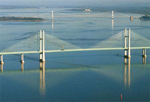 image: UK RHA FTA road haulage 3,500 Kgs LGVs Severn Bridges M4 M48 reduction tolls logistics