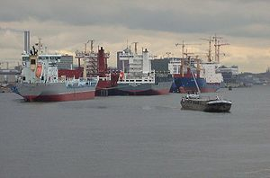 image: Baltic dry index LNG tankers bulk freight container shipping