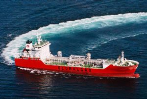 image: Philippines MV Celanova ITF ILO crew abandoned global pandemic no food water electricity