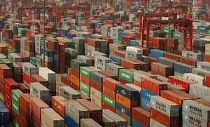 image: Storage, container, shipping, teu, traffic, twenty, tonne, equivalent, Mumbai, Hong Kong, yards, freight, depot, dock, cargo, offshore