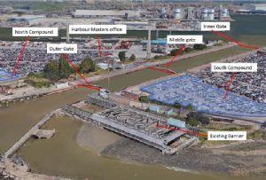image: UK, River Thames, lock, gates, barrier, Port of Tilbury, climate, change,