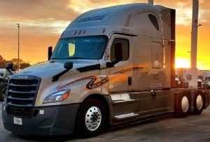 image: UK, RHA, road, haulage, HGV, drivers, US, trucking, Schneider, shortage,