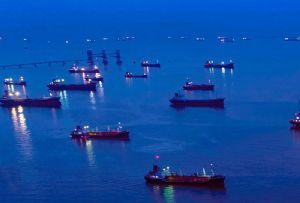 image: Chinese, oil, production, marine, fuel, tanker, VLCC, product, Arabian Gulf, charter, time,