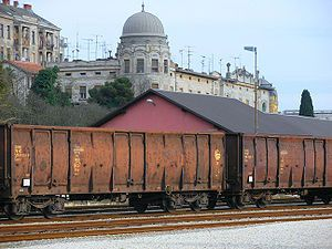 image: Croatia Romania rail freight intermodal cargo carrier HZ Agit