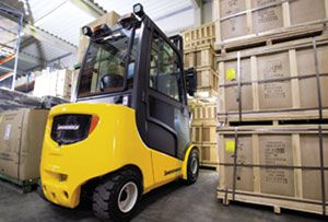 image: UK materials handling fork lift truck contract Jungheinrich wooden pallet waste management
