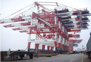 image: Spain TEU container terminal handling